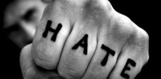 Aggressione razzista